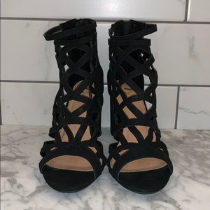 Report Suede Chunky Heals